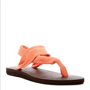 NWTs SANUK Yoga Sling 3 Hoco Sandals Flip Flops